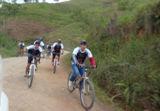 Ciclistas en el sector Salapaca